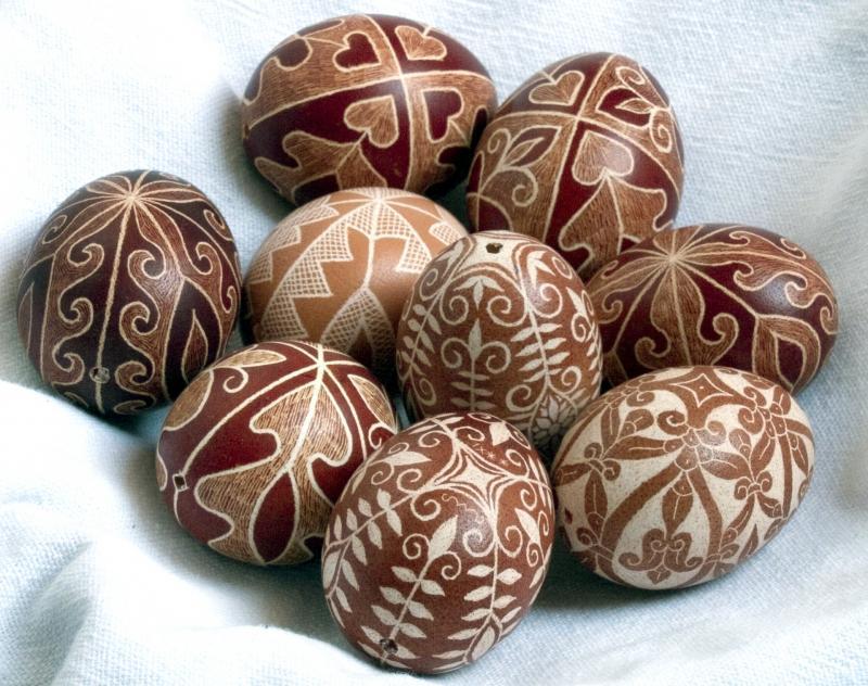 Kapart hímestojás, karcolt hímestojás, húsvéti tojások